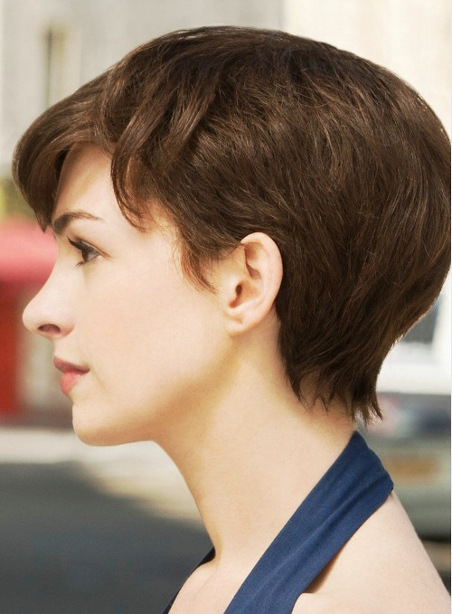 anne-hathaway-one-day-brunette-pixie-short-style