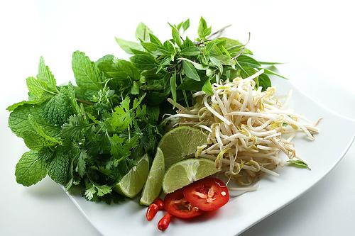 vietnamese-pho-recipe-herbs