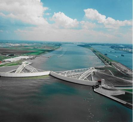 Maeslantkering-Rotterdam-The-Netherlands