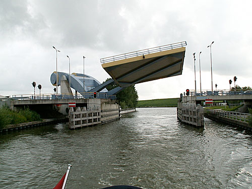 netherlands-bridges-2b-0209