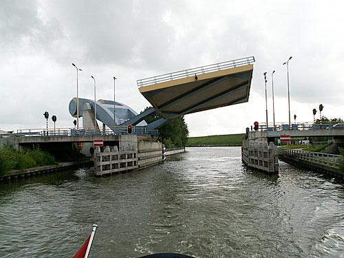 netherlands-bridges-2b-0209