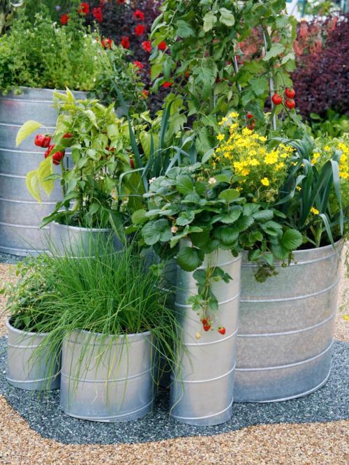 RX-DK-GPP01401_galvanized-planter_s3x4.jpg.rend.hgtvcom.966.1288